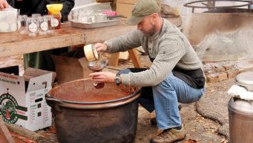 Apple Butter Stirrin' Festival  - Historic Roscoe Village