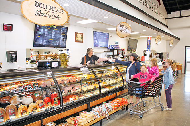 6 Meat Cheese Deli Counter 4981