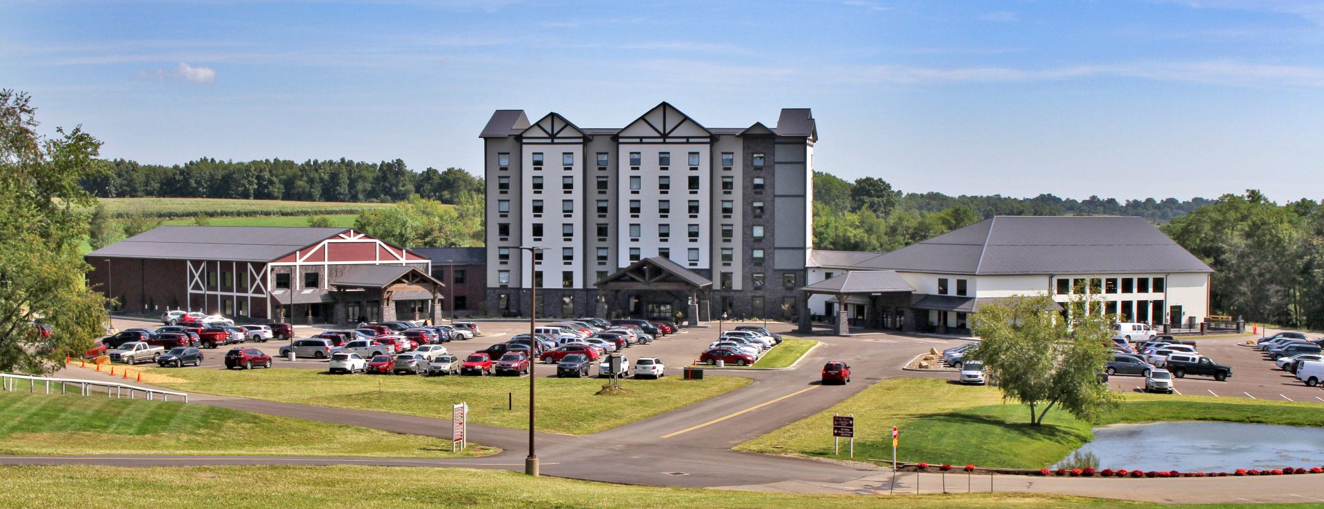 Berlin Encore Hotel Amp Suites Ohio S Amish Country