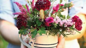 Hands-On Flower Arrangements