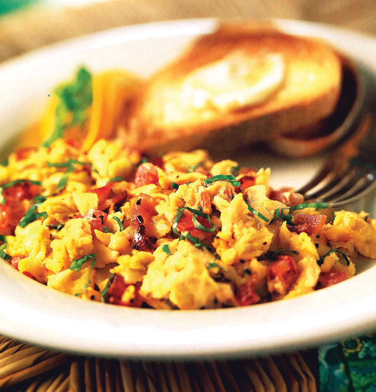 Bacon and Tomato Scramble